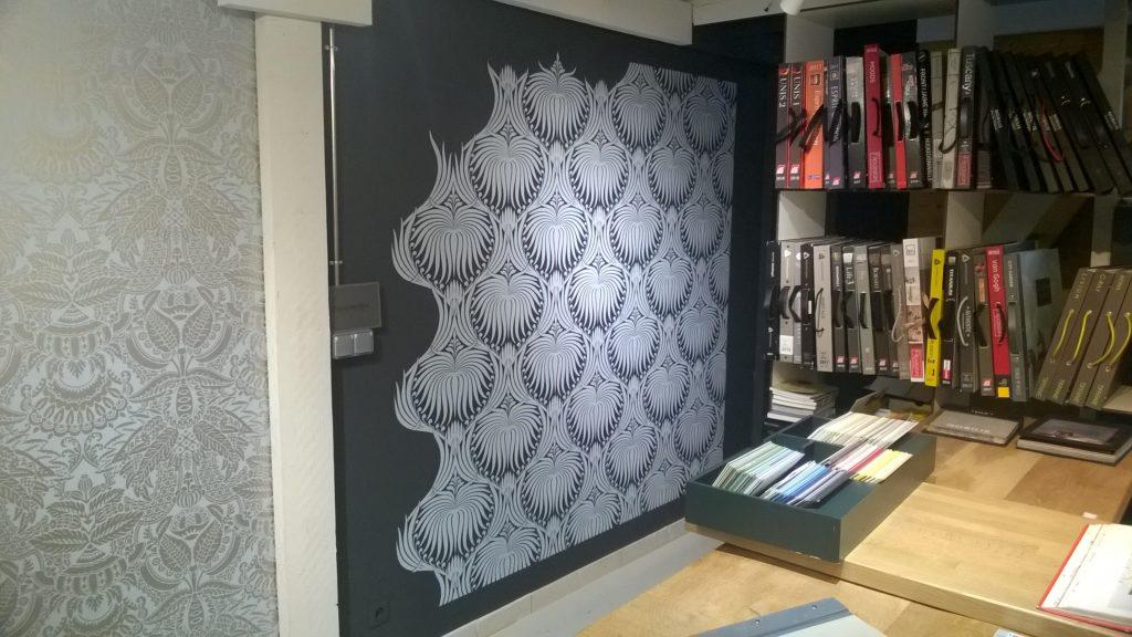 boutique-farrow-and-ball-grenoble-mur-papier-peint